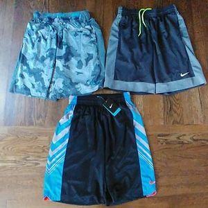 Awesome (3 Pairs) Nike Men's Shorts Medium